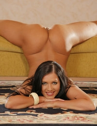 Denisa Pictures @ Viewpornstars.com