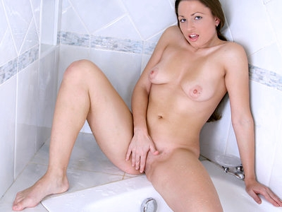 Naughty Nubile Shower Masturbation