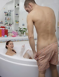 This hot teen couple do not want to miss the chance of fucking in the bubble bath! Argentina was waiting for her well hung boyfriend cause she would like to get her pussy well treated and fucked. Tommy will do his best to satisfy Argentina's hungry pussy and in the end he will give her a lavish vaginal creampie.