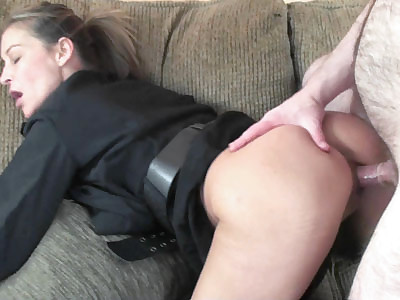 Busty MILF Leeanna Heart is dressed as a slutty cop while she gets her mature pussy pounded