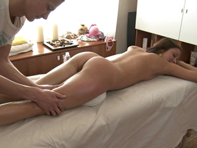 Hot European chick Ilina feels very relieved after her massage therapist bangs her wet pussy on top of the msssage table