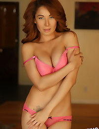 Stunning Alluring Vixen babe Lilly shows off her perfect body in matching pink bra and panties